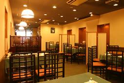 2階奥のテーブルスペース